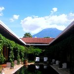 Porta Antigua Guatemala - http://travelbella.wordpress.com