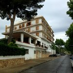 Photo of Hotel Emporda