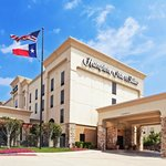 ‪Hampton Inn & Suites Dallas-DFW ARPT W-SH 183 Hurst‬