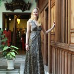 AoBaBa 100% crept silk evening dress