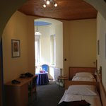Double room with shower. walk up