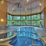 Atrium Pool & Hot Tub