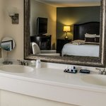 Traditional Suite Vanity