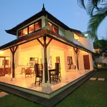 Kubu Pesisi Villas at Oberoiの写真