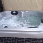 Hideaway spa hot tub