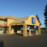 Photo de Motel 6 Visalia
