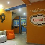 ‪Cloud 9 Hostel‬