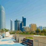 The Corniche (skyline di Abu Dhabi)