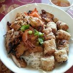 jumbo combo chicken and shrimo vermicelli bowl
