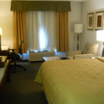 Photo de Comfort Inn & Suites Portland International Airport