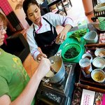 Cooks in Tuk Tuks Cooking Classes
