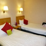 Mercure Livingston resmi