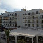 Tsokkos Protaras, neighbour hotel with lot of noisy music