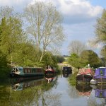 Kennet and Avon Canal near to Wooton Rivers