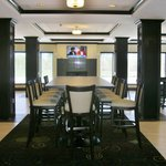 Holiday Inn Express Hotel And Suites Fort Saskatchewan Foto
