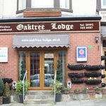 Oaktree Lodge Hotel照片
