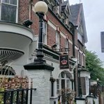 The Old Crown Inn resmi
