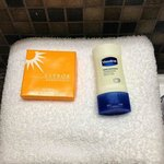 Complimentary toiletries, 1
