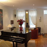 A Suite Dreams Toronto B&B
