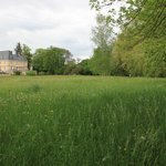 The grounds of Chateau de Villars