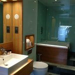 Executive Double - Room - Bathroom