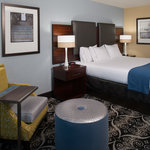 ภาพถ่ายของ Holiday Inn Express Hotel & Suites Kansas City Airport