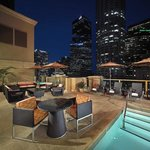 Los Angeles Rooftop Pool