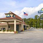 Welcome to Days Inn Thomasville-US 19 and US
