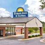Days Inn Rocky Mount - Golden East