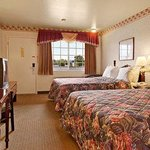 Фотография Ukiah-Days Inn Gateway To Redwoods/Wine Country