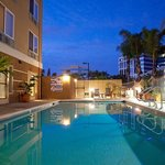 Holiday Inn Express & Suites Sorrento Outdoor pool
