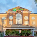 Holiday Inn Express & Suites Sorrento Exterior Photo