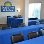 Days Inn & Suites Fountain Valley/Huntington Beach resmi