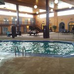 Photo de Comfort Inn & Suites Coldwater