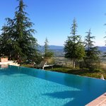 Infinty pool with views over Umbria
