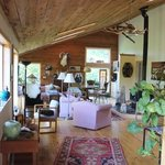 Foto de Hummingbird Lodge Bed and Breakfast