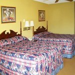 First Western Inn Caseyville ILBed