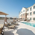 Staybridge Suites Swimming Pool