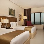 Holiday Inn Cochin Superior Room With Twin Beds