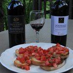 Extremely easy to do brushetta con pomodoro.   Sagrantino grape is unique to Montefalco.