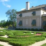 ‪Nemours Mansion and Gardens‬