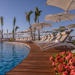 Grand Luxxe Punta Pool Lounges