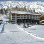 Ski in/ski out Rustler Lodge at Alta
