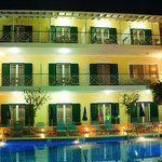 Yiannis Hotel and Apartments