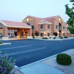 Photo de Hotel 29 Palms Inn & Suites