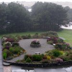Pretty garden between motel and ocean, Gold Beach Inn