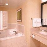 Whirlpool King Suite Bathroom