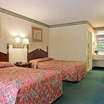 Φωτογραφία: Days Inn & Suites Fort Valley