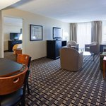Radisson Milwaukee West Suite