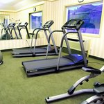 Maintain your workout schedule with our Fitness room